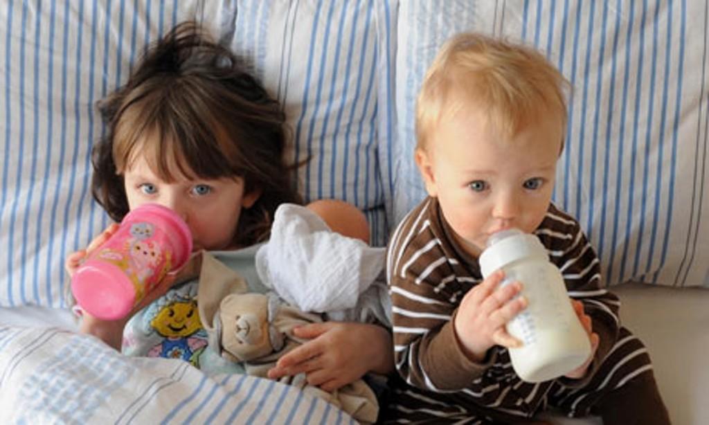 au pair caring babies
